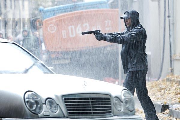 Бесплатно скачать фильм Домовой (2008) от CatZone.ws.